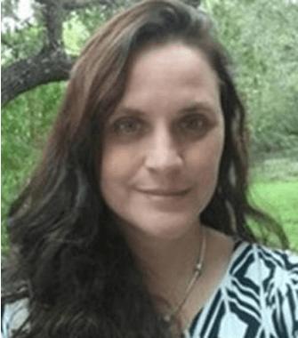 Tina Rakos Headshot